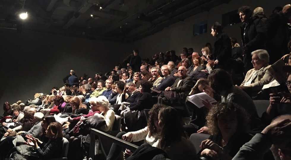 Teatro outoff Via Mac Mahon pubblico in sala